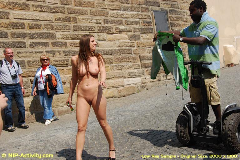 Brooke shields nude as